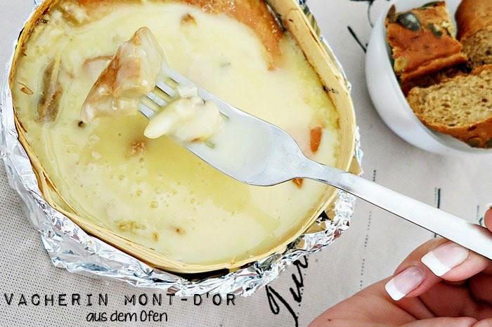 Vacherin Mont-d'Or aus dem Ofen