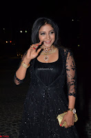 Sakshi Agarwal looks stunning in all black gown at 64th Jio Filmfare Awards South ~  Exclusive 047.JPG