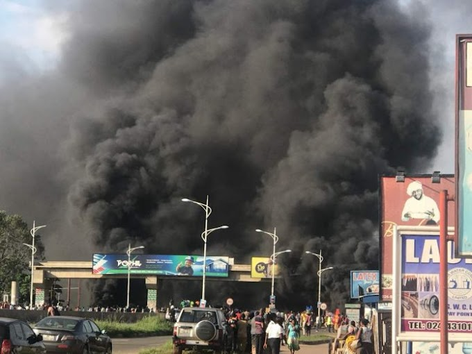 Photos/Video: Residents block Madina-Adenta highway over gory accidents