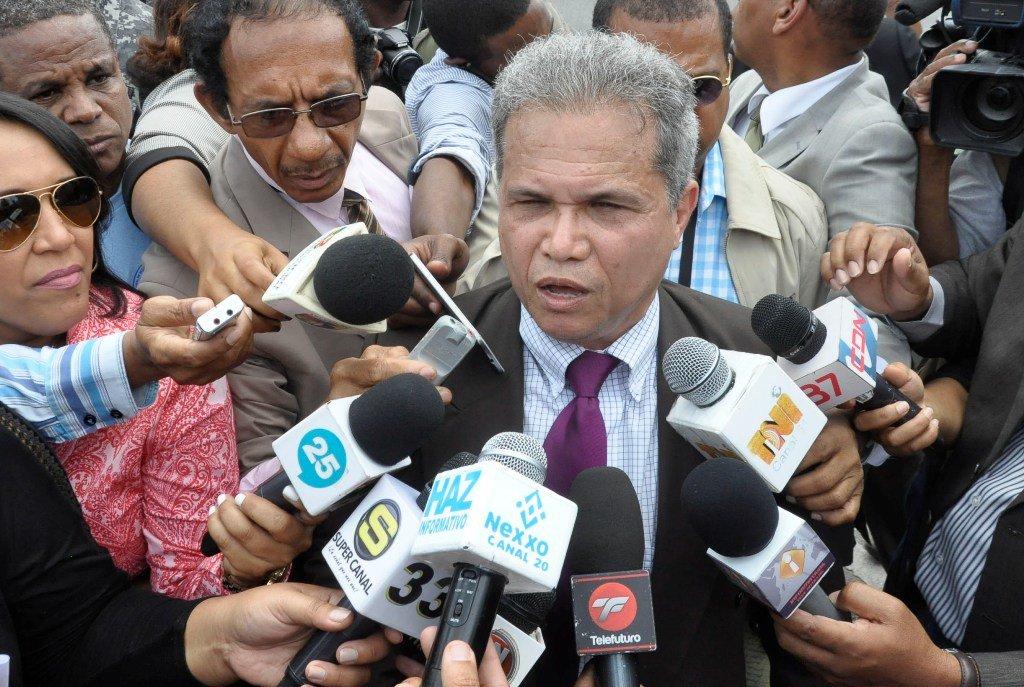 Médicos R. Dominicana convocan nueva huelga por aumento salarial