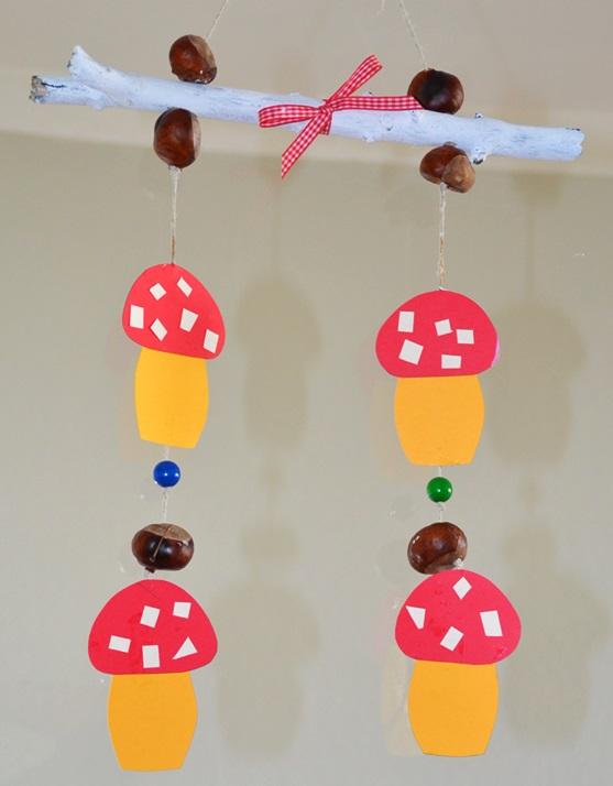 Madelaine himmmelblau ein mobile als herbstdeko basteln for Herbst mobile basteln kindern