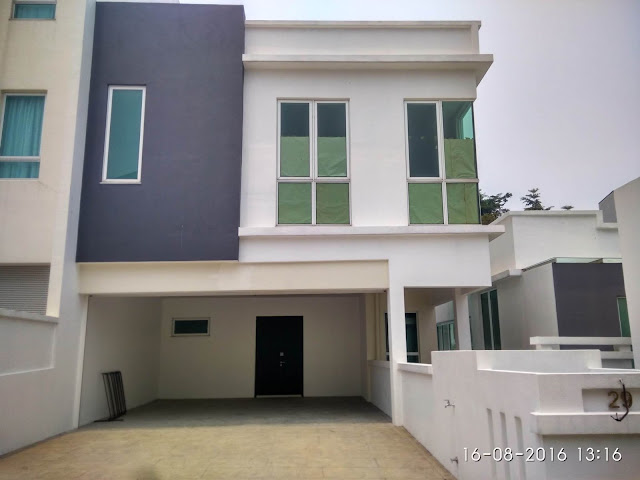 3 Storey Twin Courtyard Villa , Contours Melawati Height