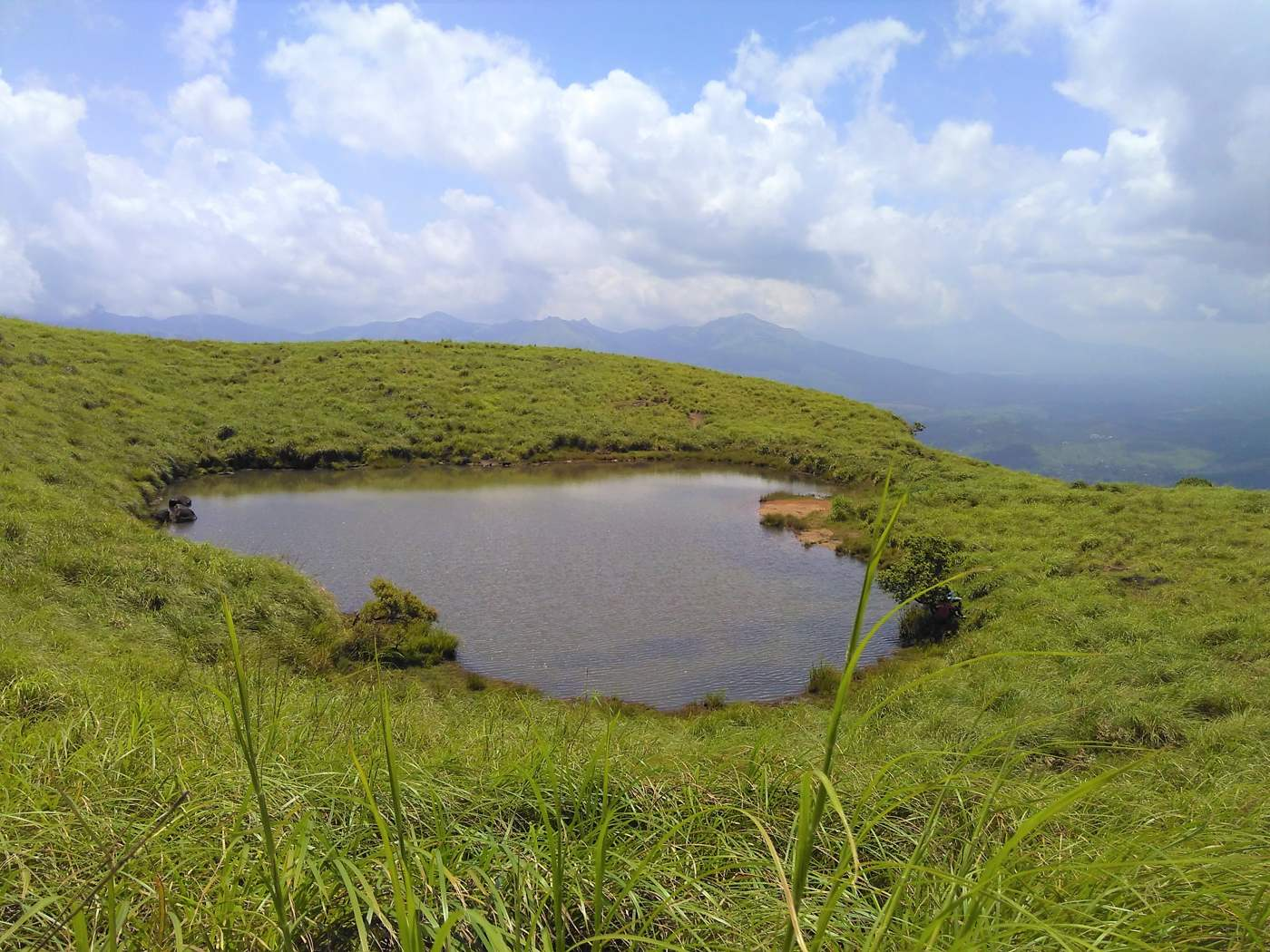 Heart shaped pool at the top of Chembra peak
