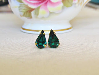 image vintage rhinestone earrings ear studs emerald green two cheeky monkeys teardrop