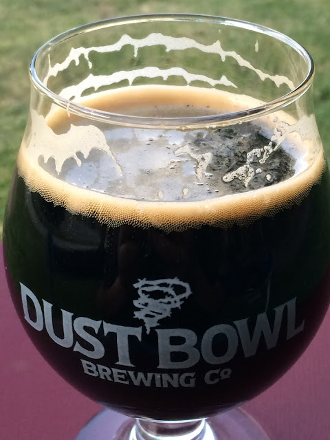 New Holland Dragon's Milk Bourbon Barrel Stout 3