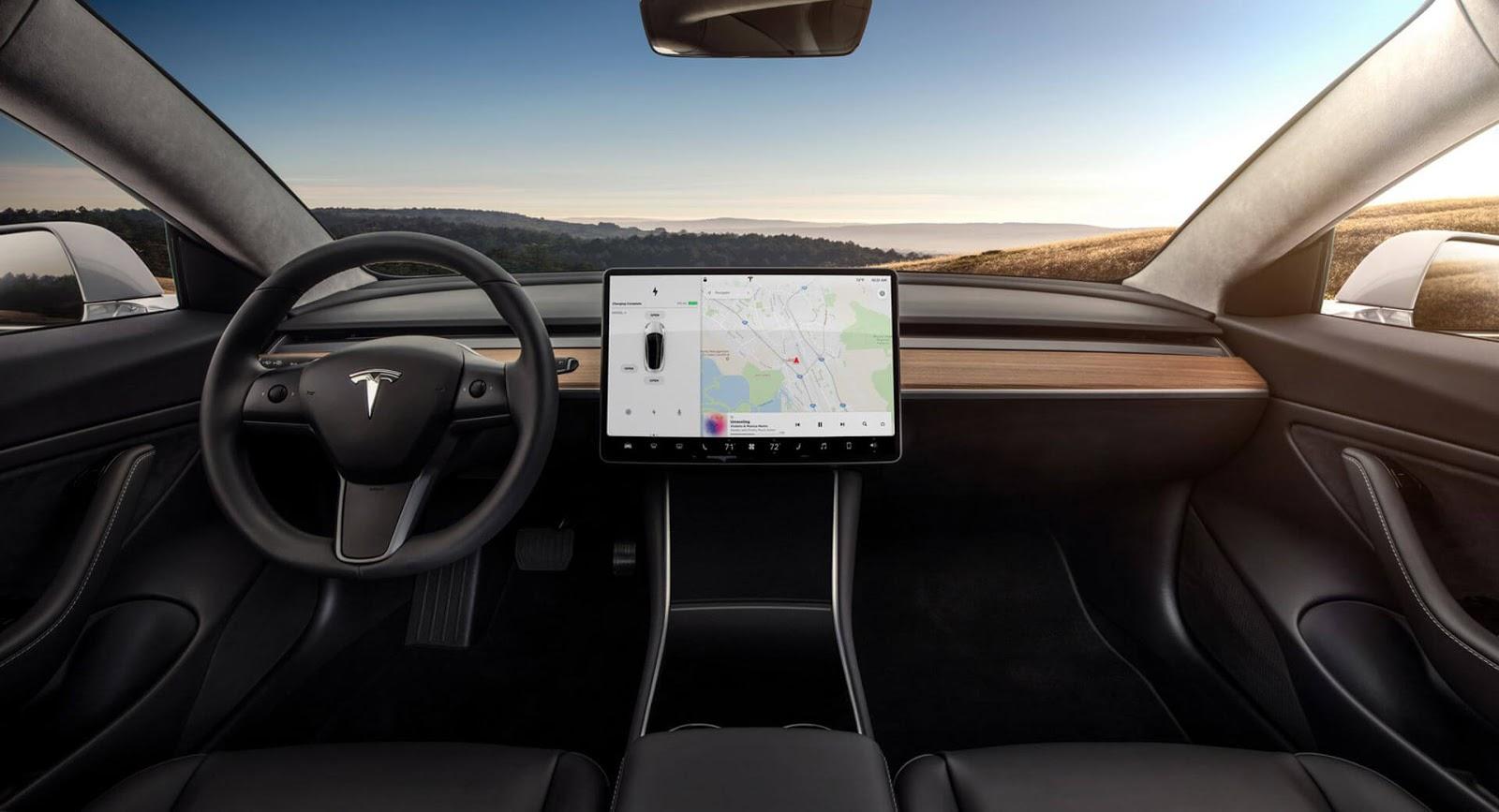 Tesla-Model-S-Voice-Command-Update-.jpg