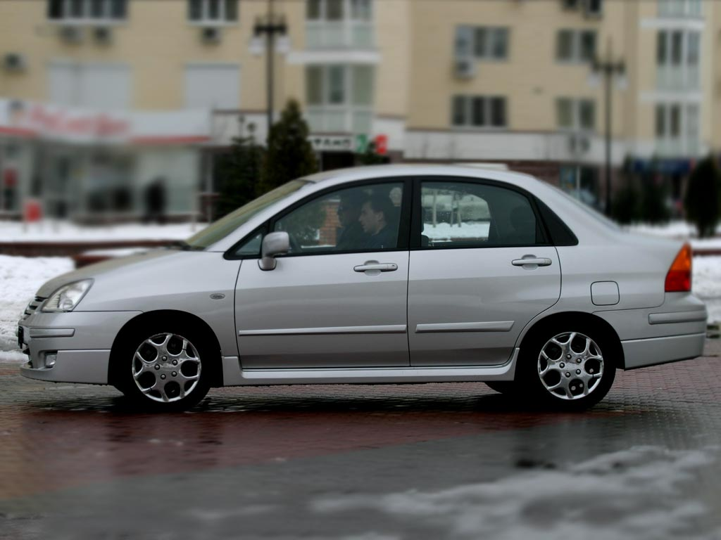 Car Images Suzuki Liana