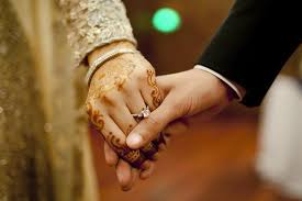 ہندو جوڑے کی چرچ میں شادی کو پولیس نے روک کر دلہن کے ماں باپ اور پادری کو گرفتار کرلیا