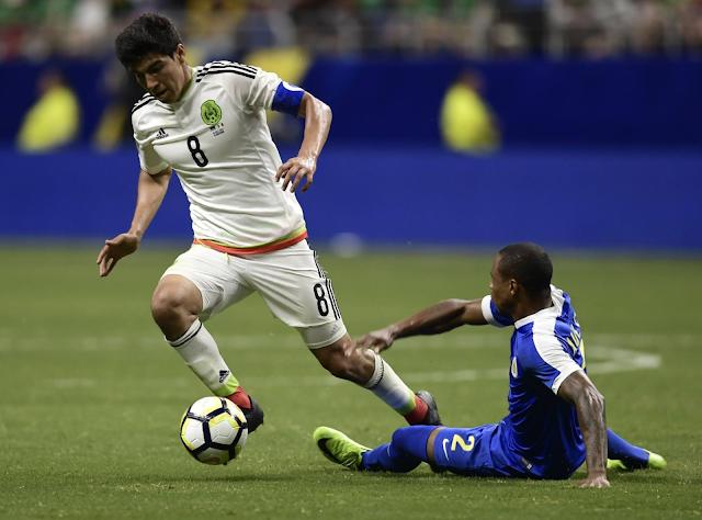 México venció 2-0 a Curazao