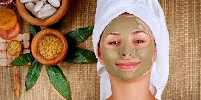 Tips Kecantikan Perawatan Wajah Dengan Scrub Alami