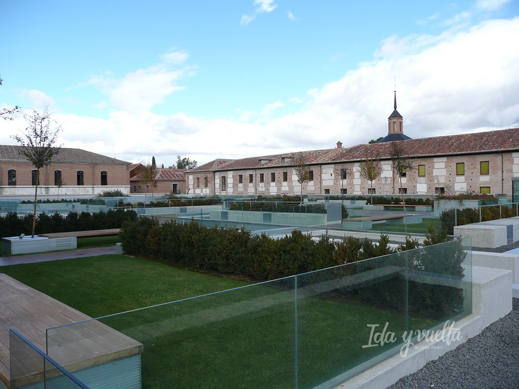 Parador de Alcalá de Henares jardín