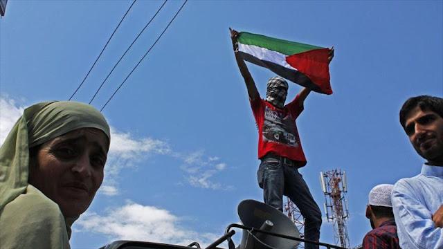 Policía india reprime protesta por visita del presidente israelí