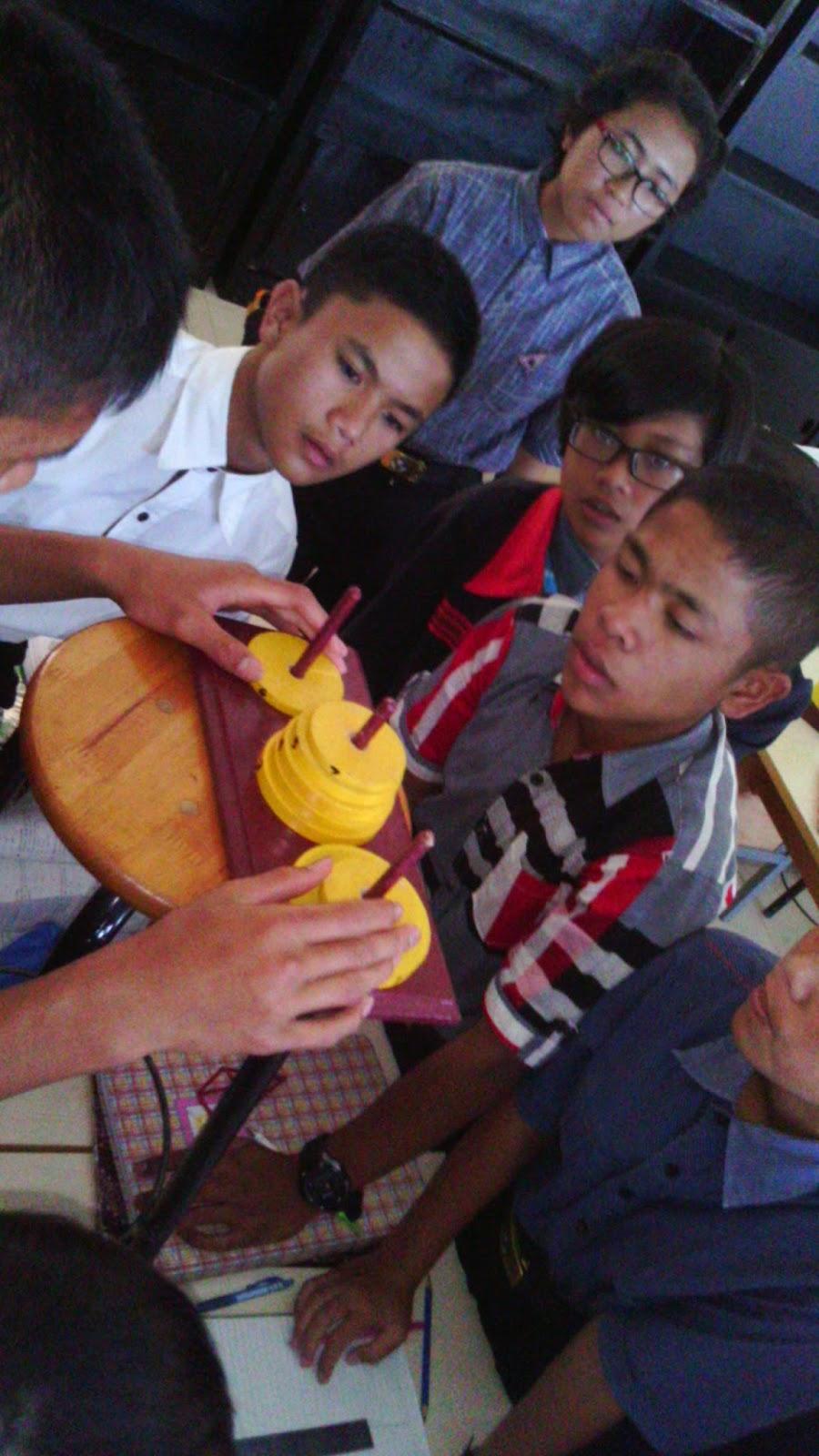 Pembelajaran Lebih Bervariasi Dengan Permainan Menara Hanoi