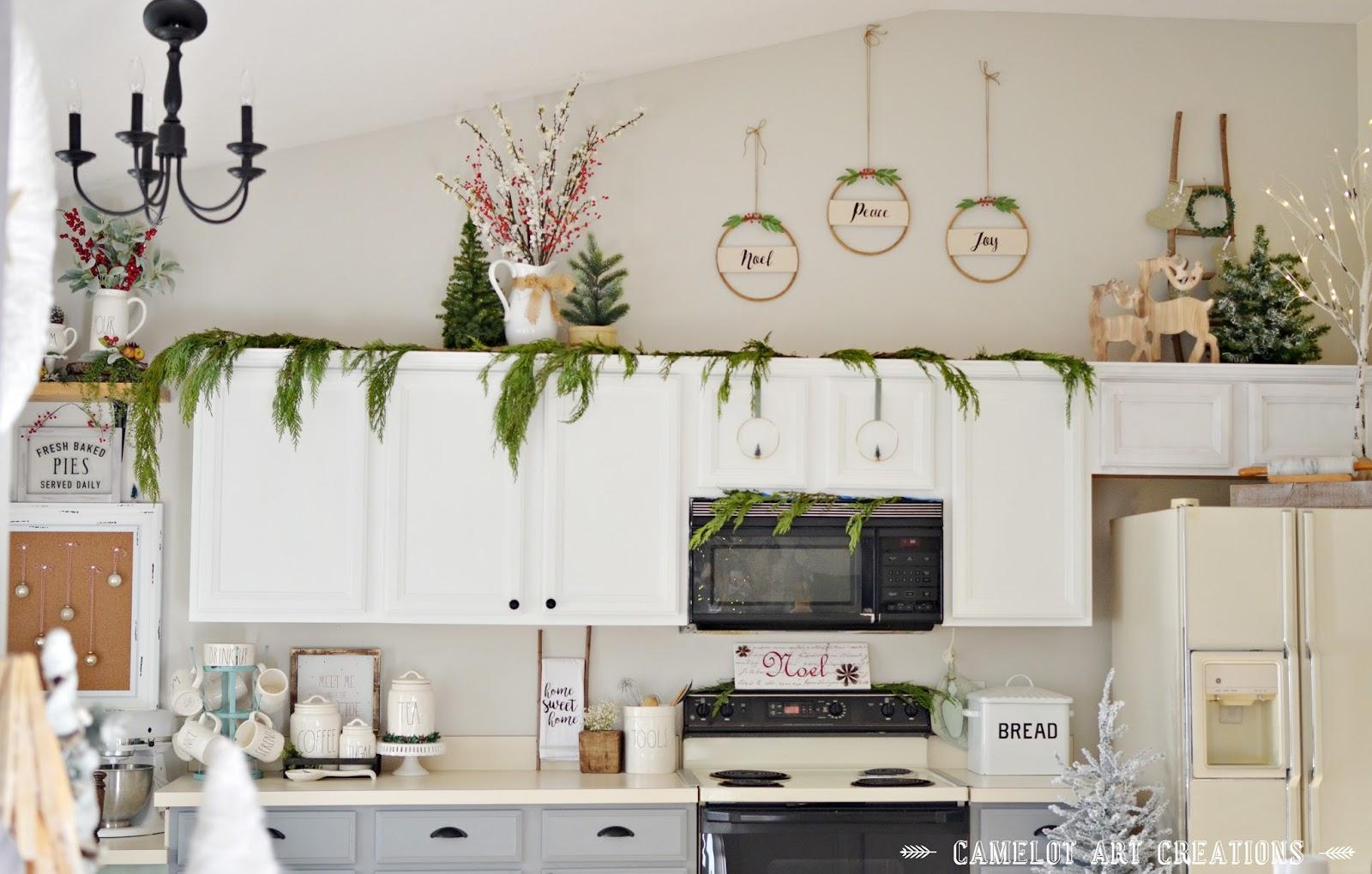 Camelot Art Creations: Merry & Bright Blog Hop: Christmas Kitchen