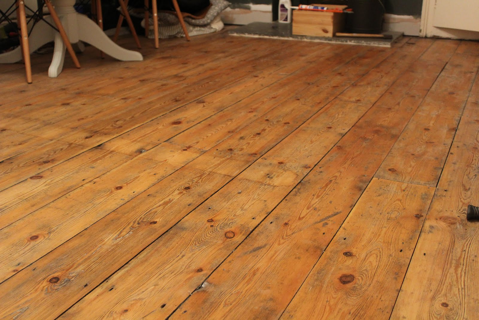 Victorian Floorboards in Osmo Raw