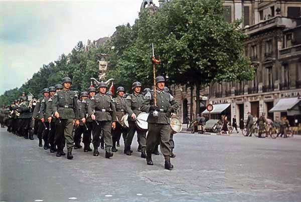 amazing color photos of occupied paris during world war ii