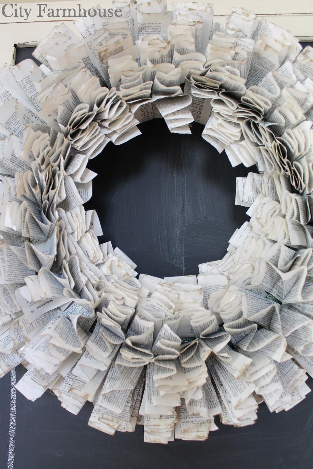 Diy Starburst Paper Wreath Tutorial City Farmhouse