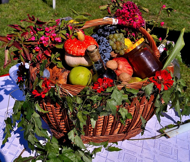fruits vegetable basket