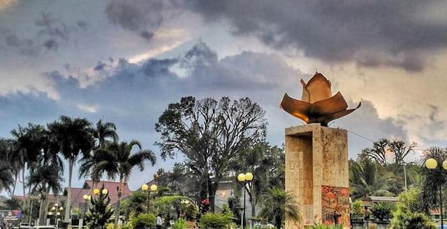 Ini Dia Ulasan Review Terbaru Ijen Boulevard Malang