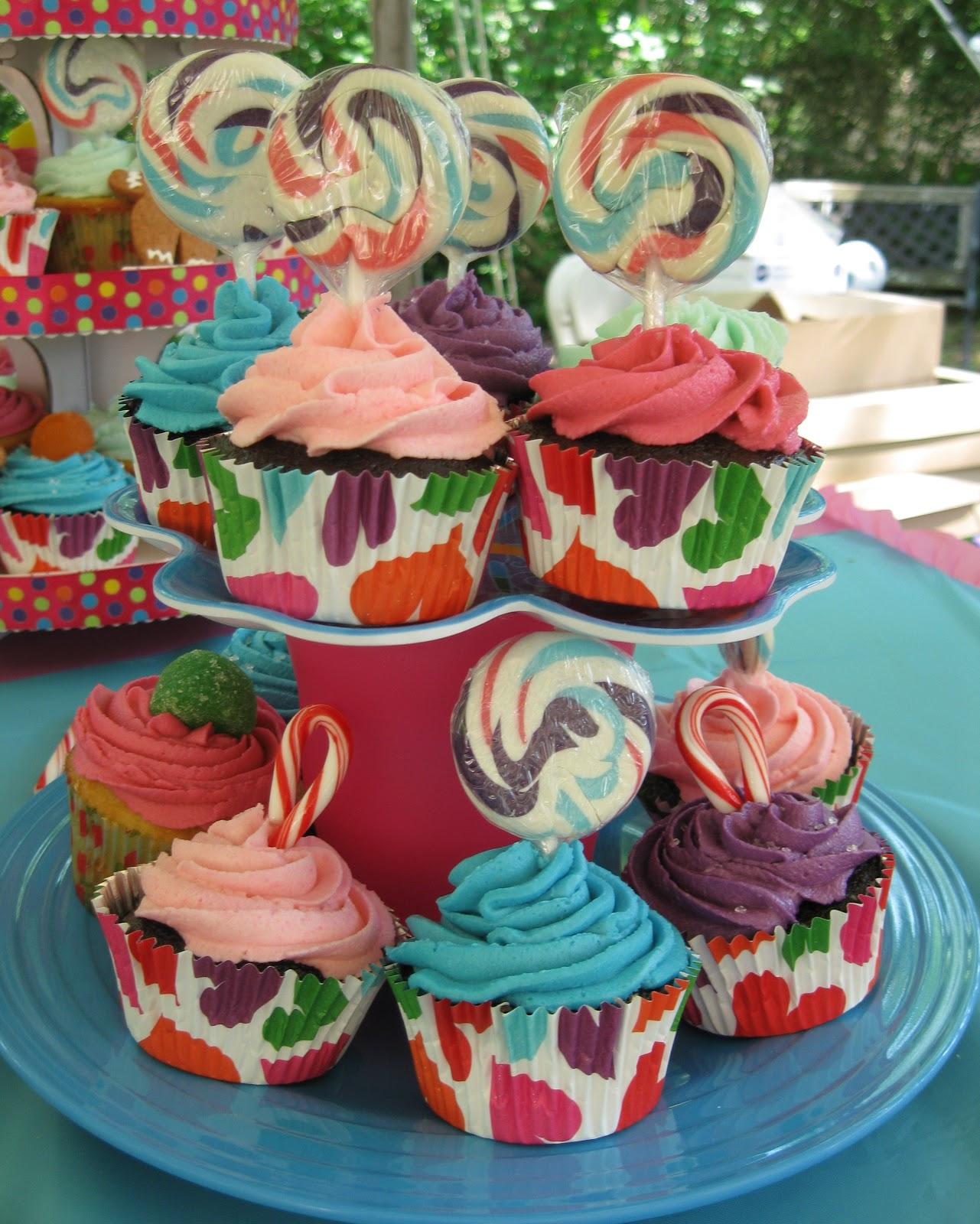 Easy Birthday Cake Ideas: Baking Outside The Box: Super-Easy Birthday Cake Ideas