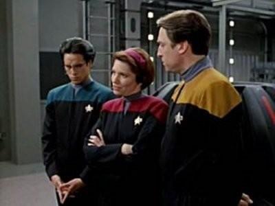 Star Trek: Voyager - Season 1 Episode 16: Learning Curve
