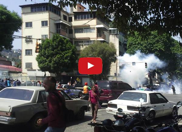 Guardias lanzan bombas contra el Colegio San Pedro y la Iglesia de San Pedro