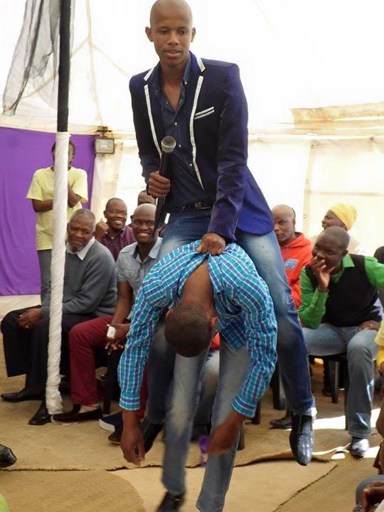Thank male pastors who wear pantyhose