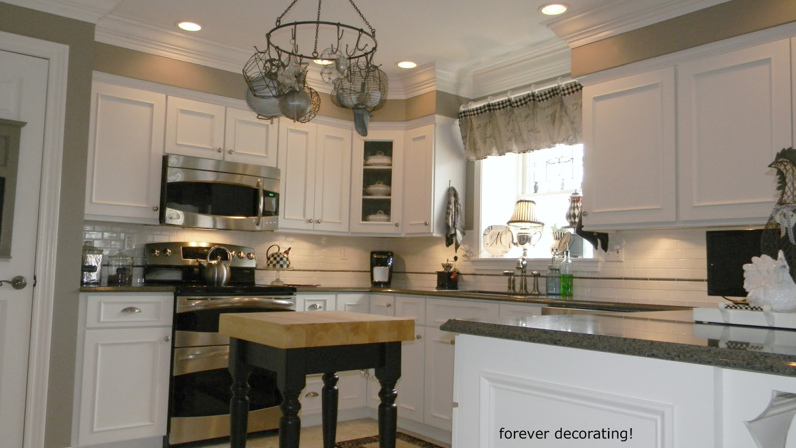 Forever Decorating!: Dramatic Kitchen Make-over