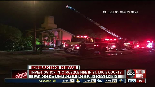 Masjid Islamic Center di Florida Dibakar, Tak Ada yang Menyebutnya Terorisme?