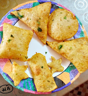 Puri made with Green Peas and Whole wheat Flour
