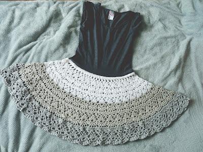 sukienka na szydełku, szydełko, wzór na spódnicę szydełkową