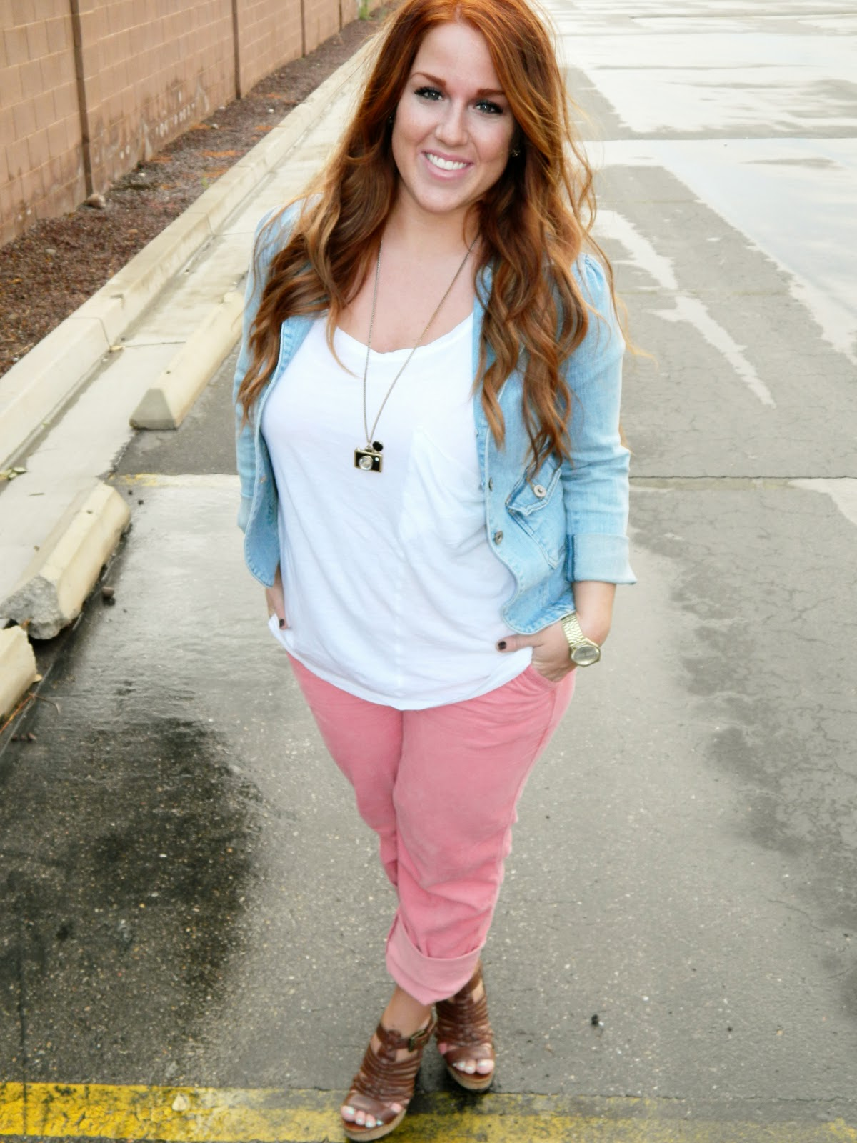 Utah Fashion blogger, Modest fashion blogger, pink pants