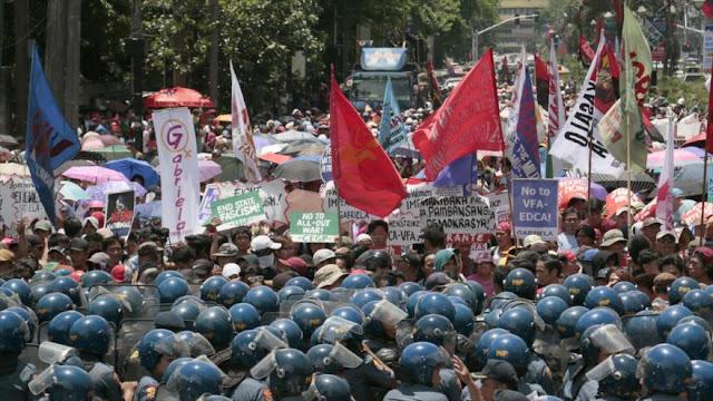 Filipinos condenan intervención de EEUU en Día de Independencia