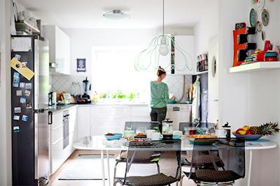 Keseruan Ibu Rumah Tangga Bisa Belanja di Ikea