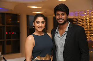 Sundeep Kishan Regina Candra Nagaram Success Meet Stills  0053.JPG