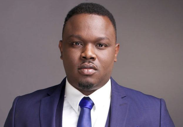 SARS Officials Harass Dr. SID In Public, Mistake Him For A Yahoo Boy (Watch Video)