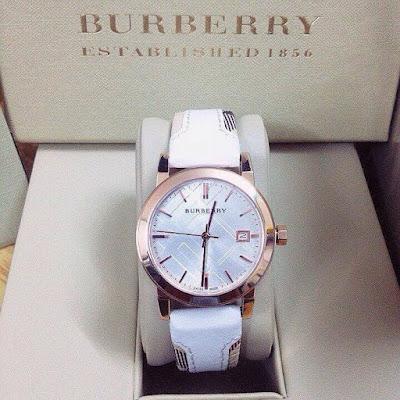 đồng hồ nữ dây da buberry