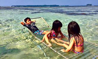 anak anak dan pantai
