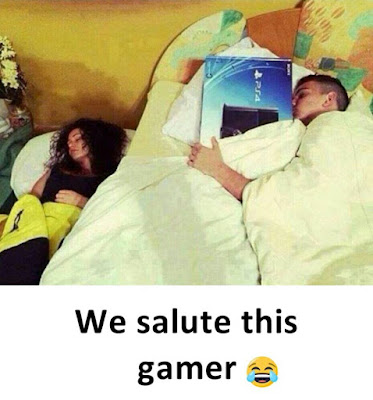 How a real gamer should act - Funny pictures