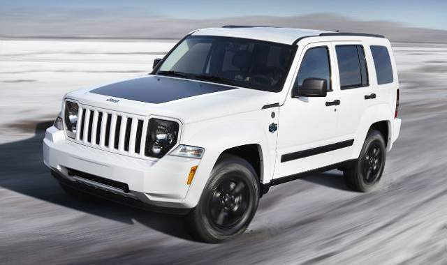 2018 Jeep Liberty first look – full specs and reviews