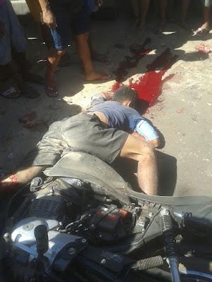 Motociclista perde a vida ao colidir em caçamba em frente a Rodoviária de Vargem Grande