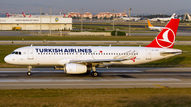 Turkish-Airlines TC-JPA Airbus A320-232