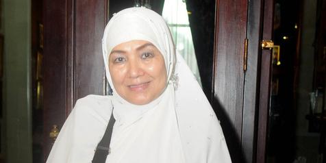 Total Berhijrah, Eva Arnaz Tak Mau Kembali ke Dunia Entertainment