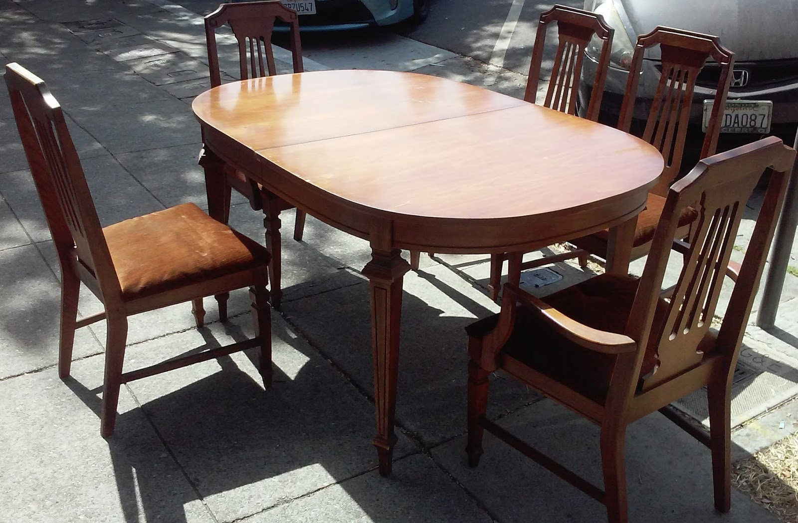 SOLD 6358 Basset Pecan Finish Dining Set Table 5 Chairs