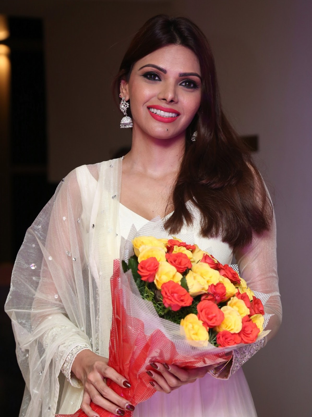 Sherlyn Chopra Looks Super Hot In White Dress At Dj Inayah -4614