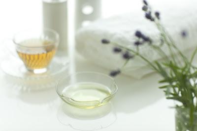 芳療精油,水腫,喉嚨痛,肌肉酸痛,調油基本原則,調油範本