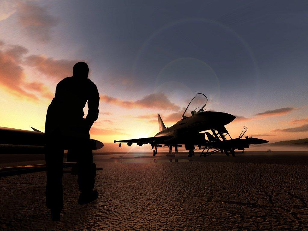 savaşa hazırlanan uçak resimleri