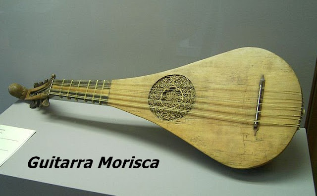 Sejarah-Awal-Mulanya-Gitar