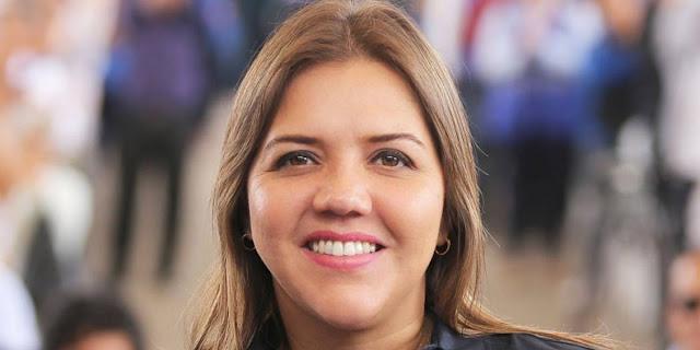 Vicuña pide a la Universidad de Guayaquil que revea anulación de título