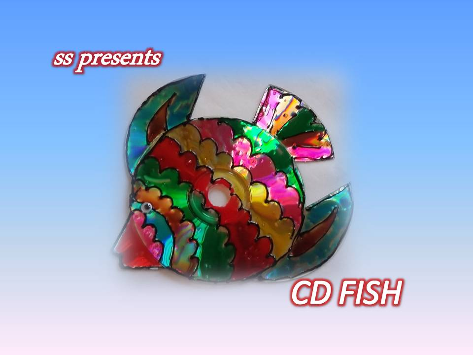How to make fish using cd 39 s ssartscrafts for Craft work with waste material